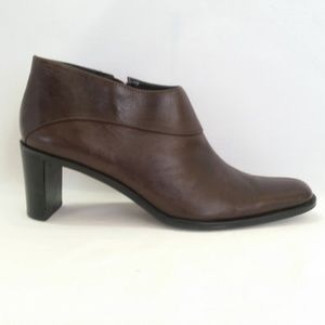 Etienne Aigner  8.5M Brown Leather Bootie S4-11